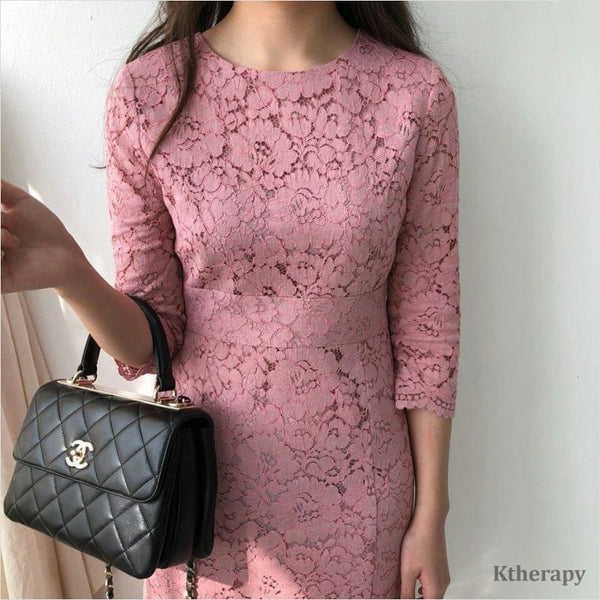 GWENNA LACE DRESS - LADY
