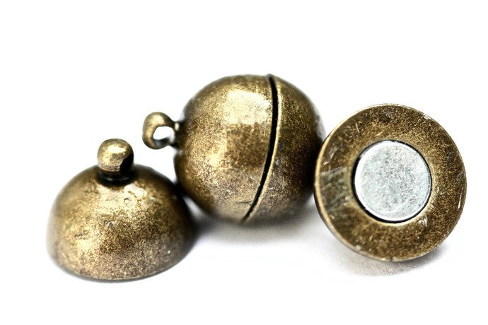 4 x Brass Magnetic Ball Clasps