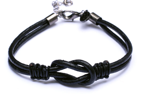 Kerrie Berrie Mens Handmade Hand-knotted Leather Bracelet