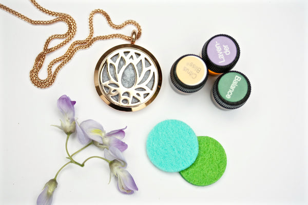 GIFT SET - Rose Gold Lotus Flower Essential Oil Diffuser Locket Necklace (with oils)