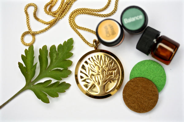 GIFT SET - Gold Tree of Life Essential Oil Diffuser Locket Necklace