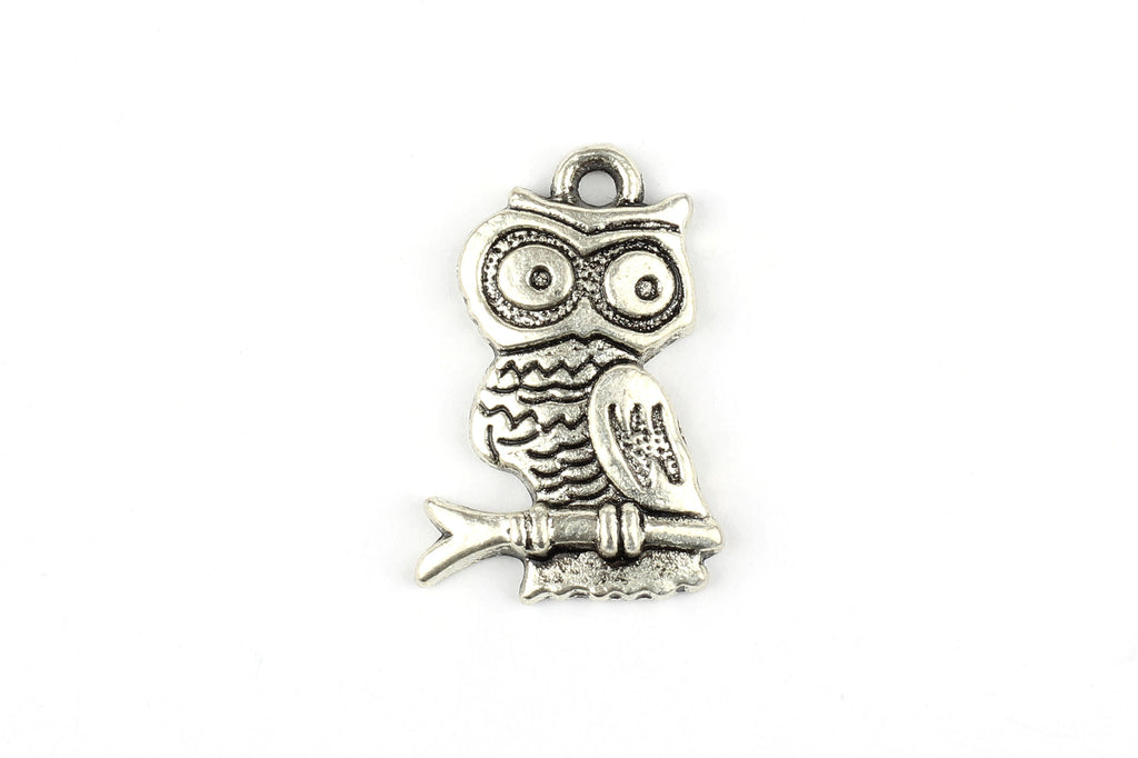 Kerrie Berrie Silver Plated Cute Owl Charm Pendant