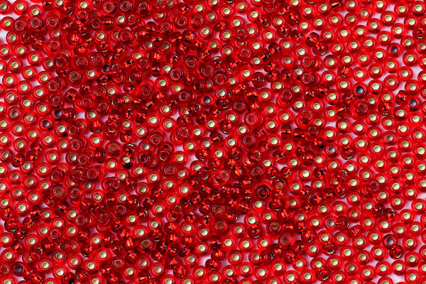 Kerrie Berrie UK Seed Beads for Jewellery Making Size 11 Seed Beads in Red Foil