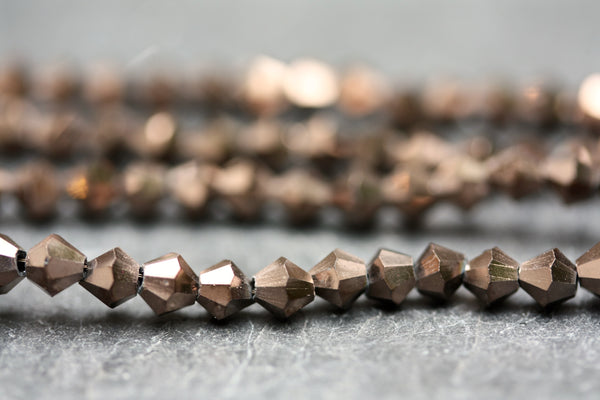 Kerrie Berrie UK 4mm Glass Bicone Beads for Jewellery Making and Beading in Copper