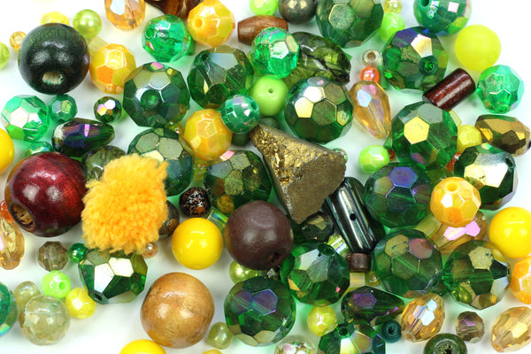 Kerrie Berrie UK Jewellery Making Supplies Value Bead Mix in Greens
