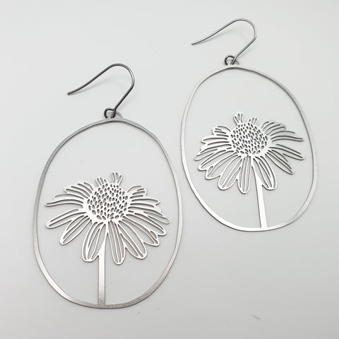 daisy dangles in silver