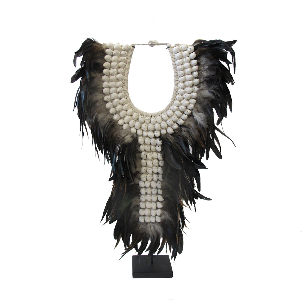 BLACK FEATHER NECKLACE ON STAND