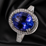 18CT TANZANITE AND DIAMOND RING