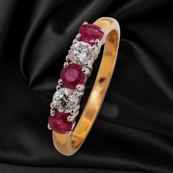 18CT RUBY AND DIAMOND ETERNITY  RING