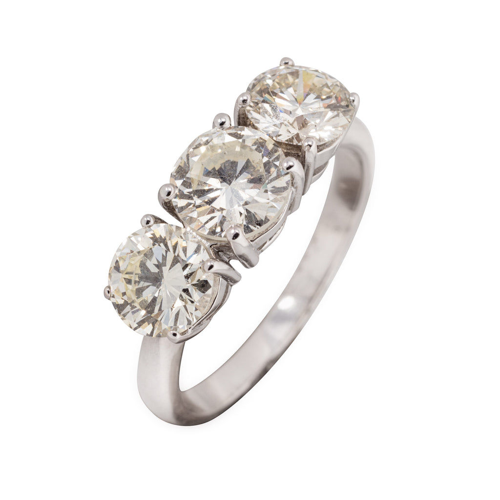 18CT 3 STONE DIAMOND RING