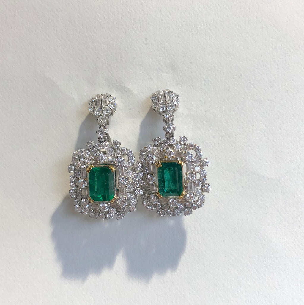 18CT WHITE GOLD ORNATE DIAMOND AND EMERALD DROP EARRINGS