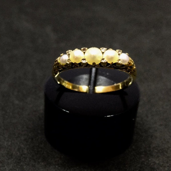 18CT YELLOW GOLD VICTORIAN CALVED PEARL RING