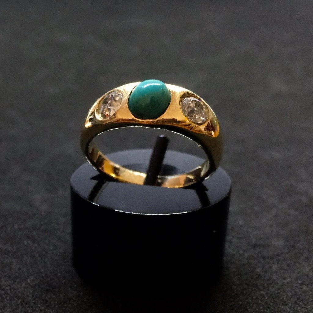 18CT YELLOW GOLD TURQUOISE AND DIAMOND GYPSY RING