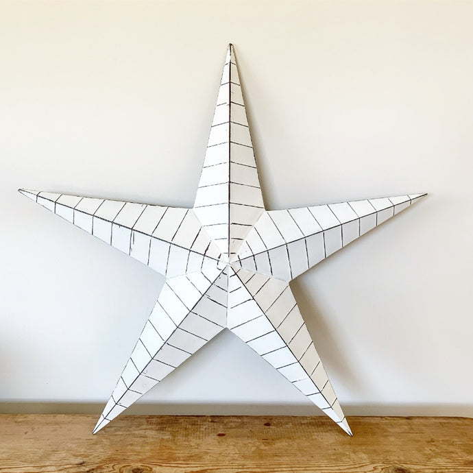 WHITE METAL BARN STAR 74CM