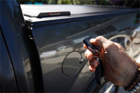 Roll-N-Lock 65.5in E-Series Retractable Tonneau Cover 19-20 Ram 1500 XSB