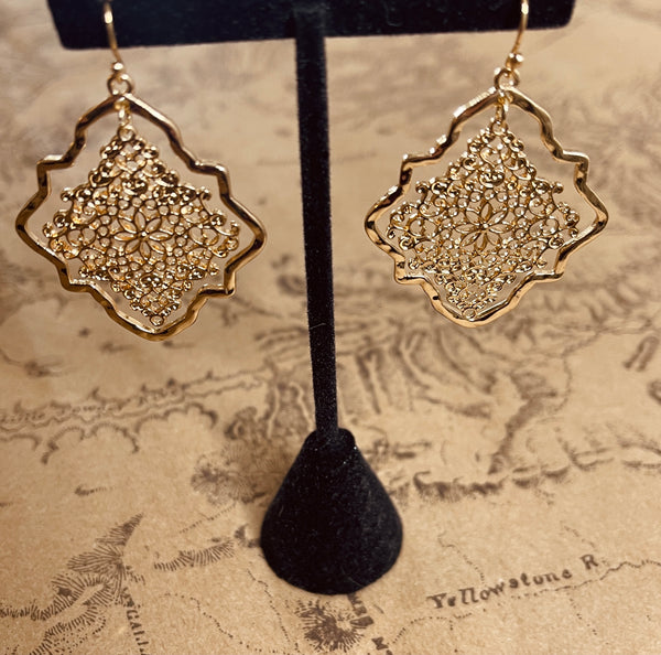Quarterfoil Gold Earrings