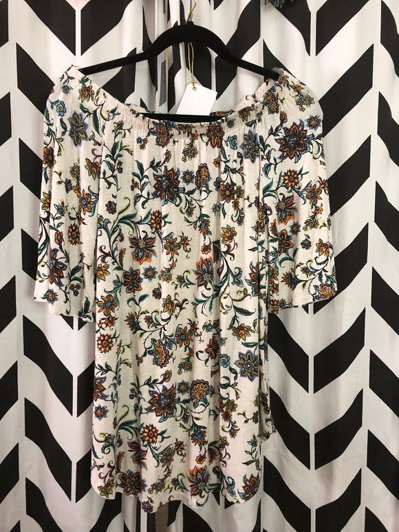 Floral and White Top - Velvet Crown Boutique
