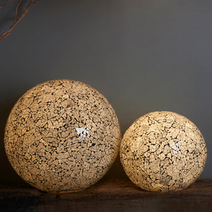 collectiviste sustainable-lighting globe table-lamps in frosted-glass-lamp