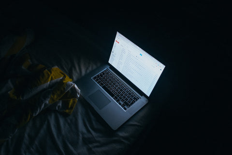 Blue Light from laptop - Improve your light improve your sleep