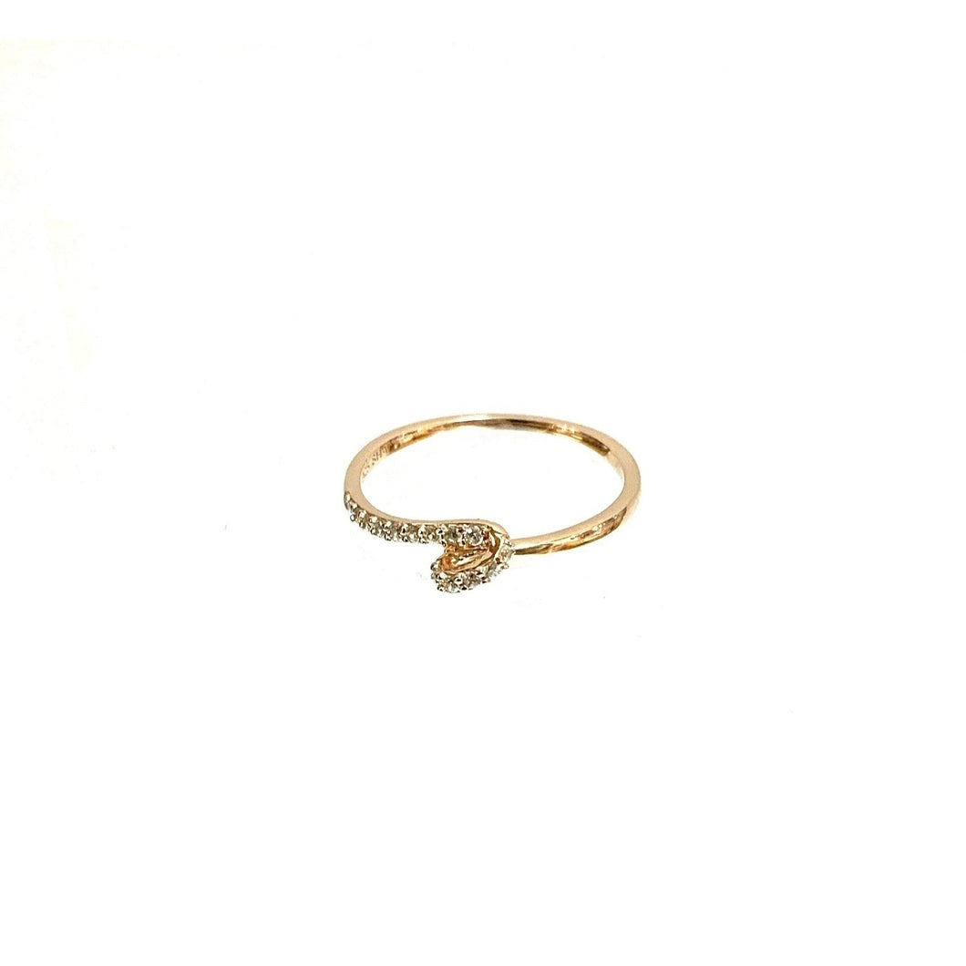 Dainty Rose Gold Ring!