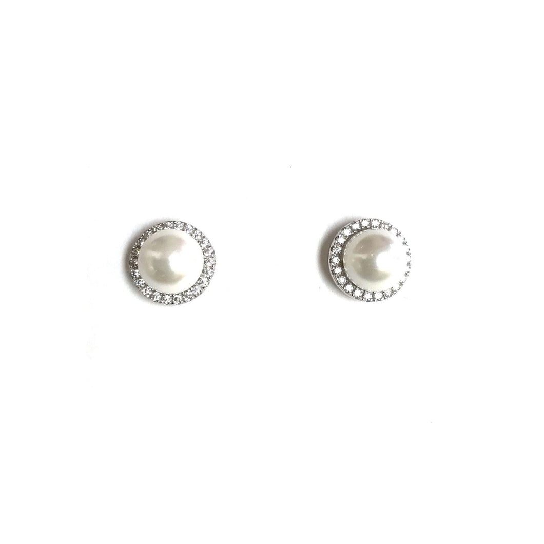 Faux Pearl Studs!