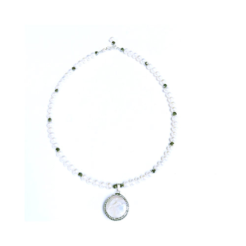 Freshwater Pearl Necklace With Swarovski!