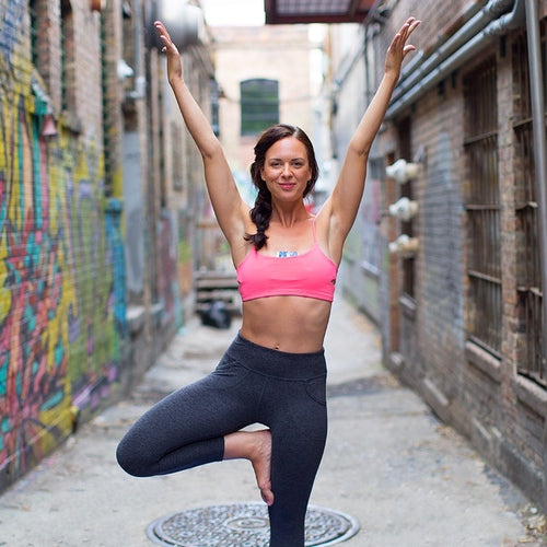 keri-beginner-yoga-pose