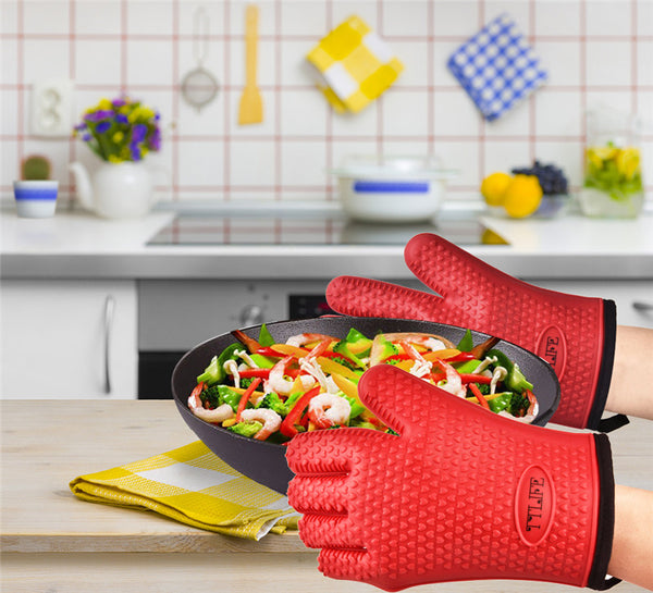 Pair of Resistant Silicone Gloves fo  BBQ Grill, Home Goods Outlet