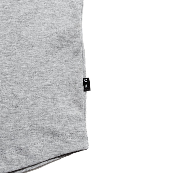 grey scoop neck slim fit tee with a U-shape bottom