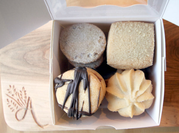 Mexican Shortbread Cookie Gift Box (1/2 pound)