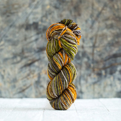 Urth Yarns - Uneek Worsted