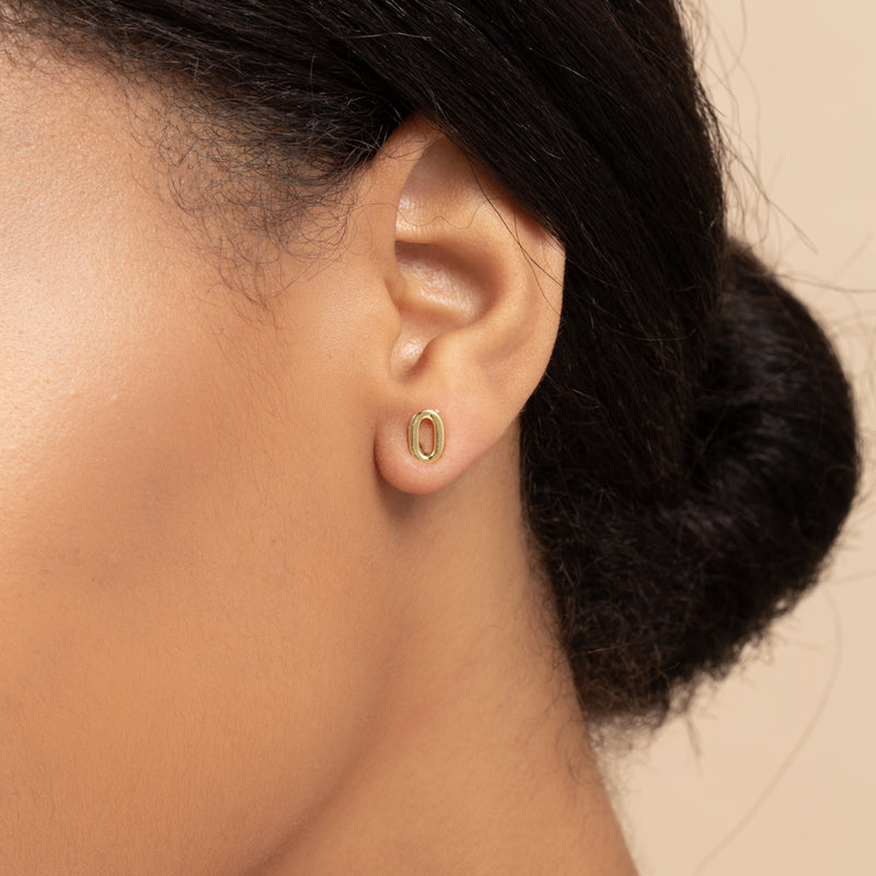 NUMBER ZERO SINGLE STUD EARRING