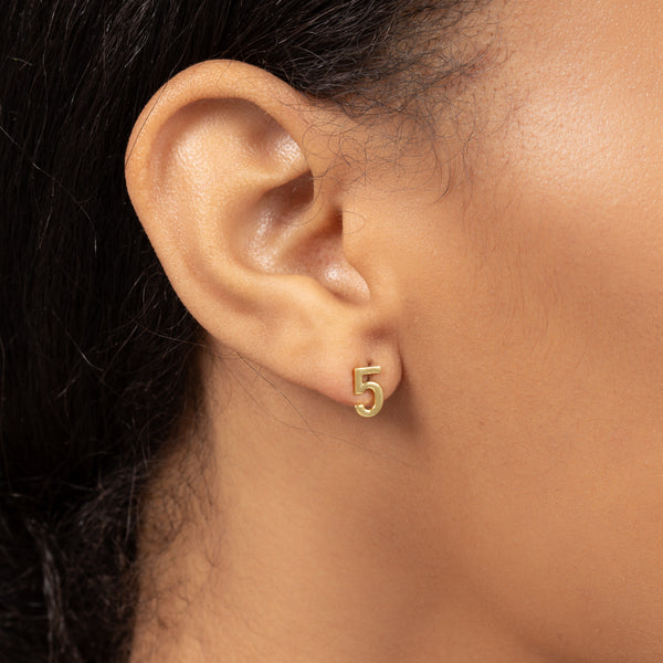 NUMBER FIVE SINGLE STUD EARRING