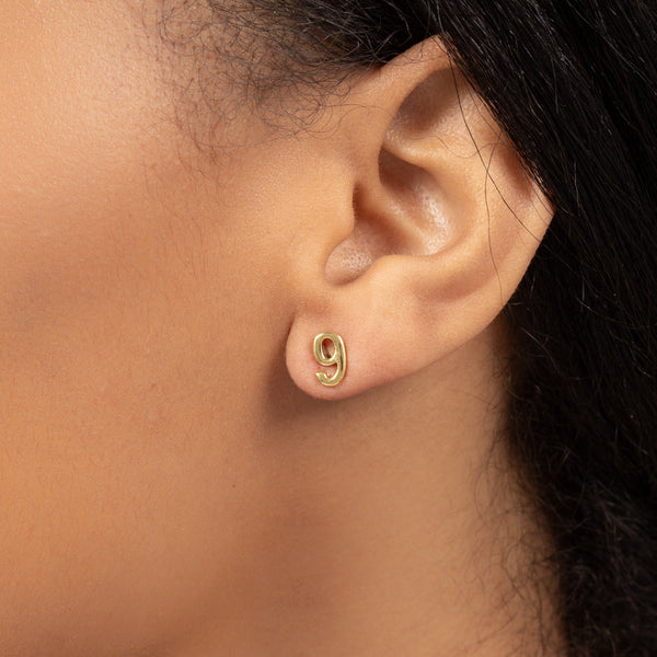 NUMBER NINE SINGLE STUD EARRING