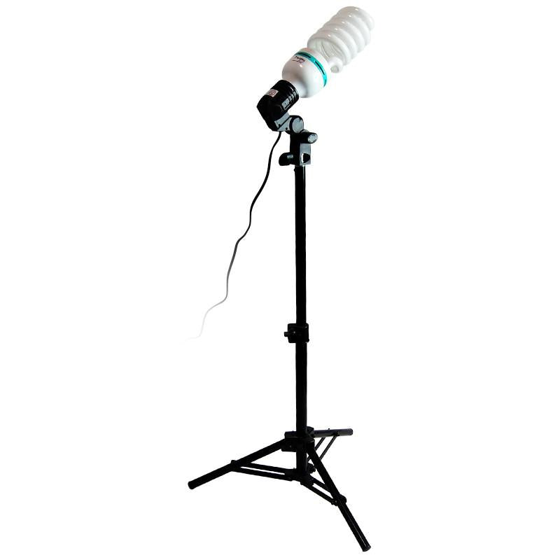 600 Watt Photography, Video and Portrait Studio Umbrella Continuous Lighting Kit, 6500K Daylight Balanced CFL bulbs, Gold & Silver Reflective Umbrellas, Carrying Case, AGG1294
