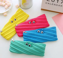 CUTE ZIPPER MONSTER PENCIL BAG