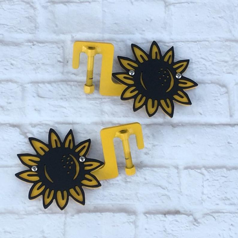 Sunflower foot pegs