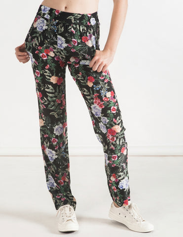 The Perfect Straight Leg Pant - hydrangea black