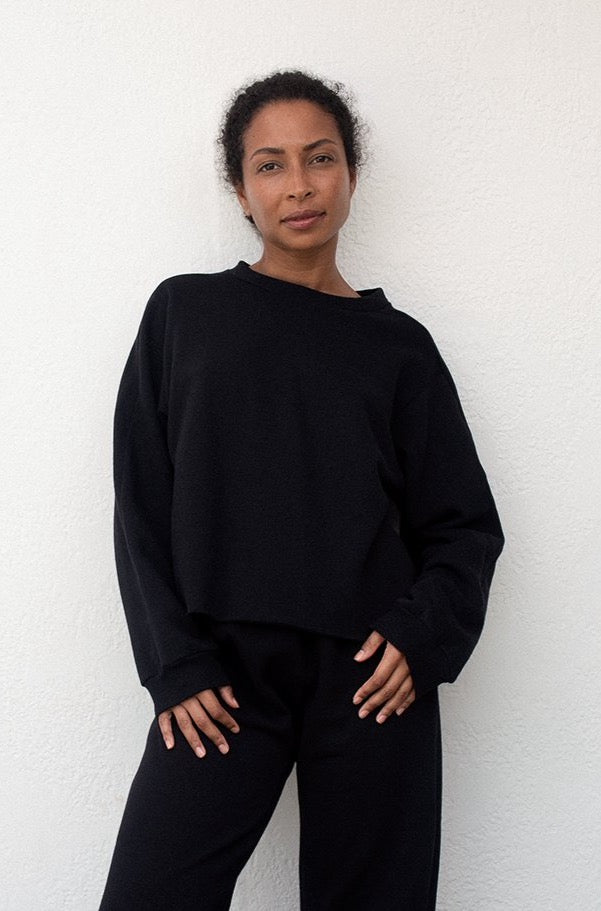 Easy Winter Sweatshirt : Black