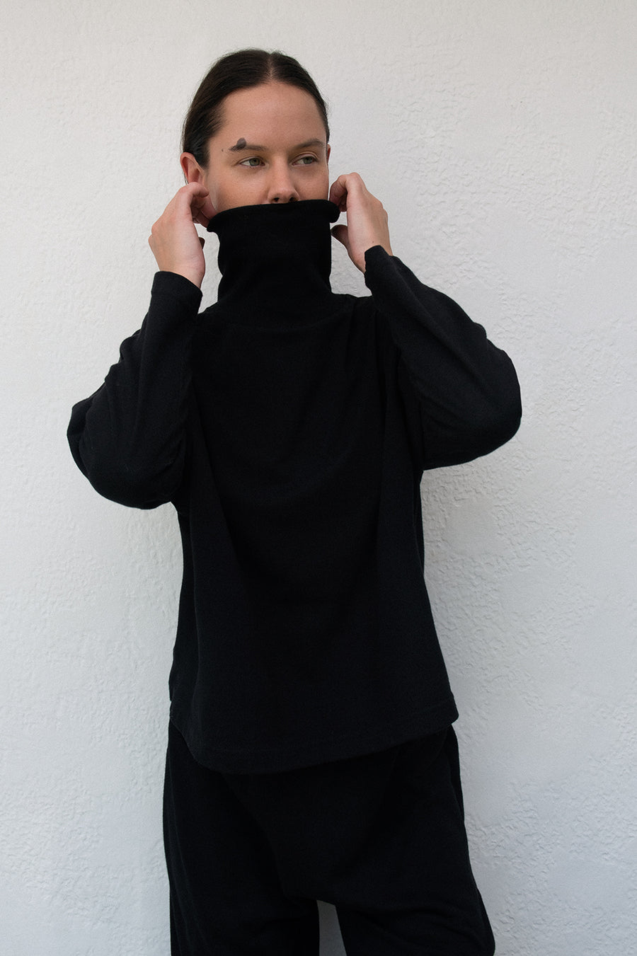 Easy Box Mockneck : Black