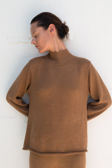 Loose Turtleneck : Fawn