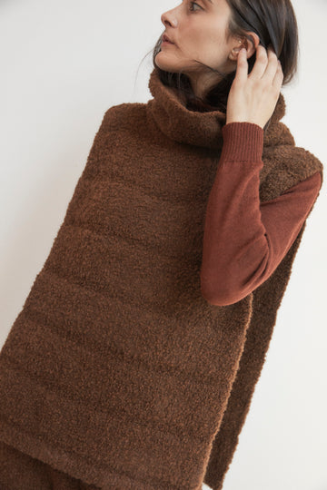 Quilted Poncho : Rosewood