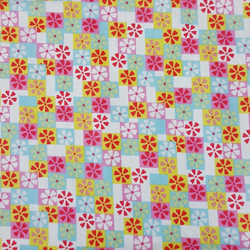 Flowers Squared - 100% Cotton Fabric Fat Quarter - Vera Fabrics