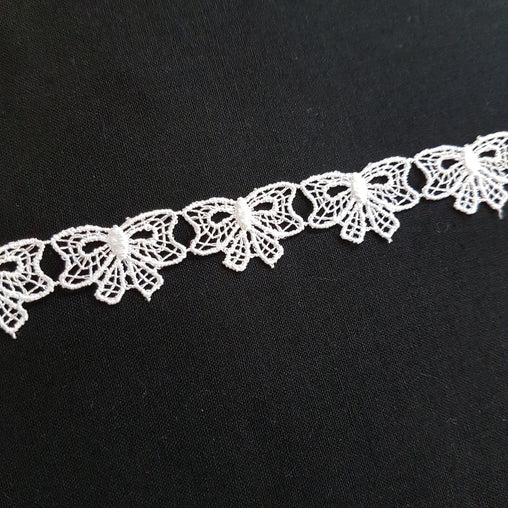 "5/8""/17mm White Small Bows Gift Cute Excellent Quality Delicate Intricate Guipure Lace Trimming Ribbon - by the metre"