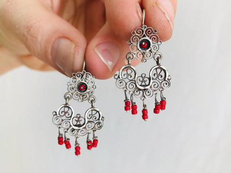 Vintage Oaxacan Filigree Earrings with Coral. Sterling Silver. Mexico. Frida Kahlo