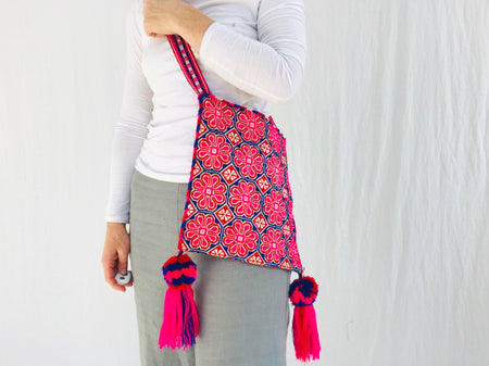 Huichol Hand-Embroidered Shoulder Bag. Peyote Bag.