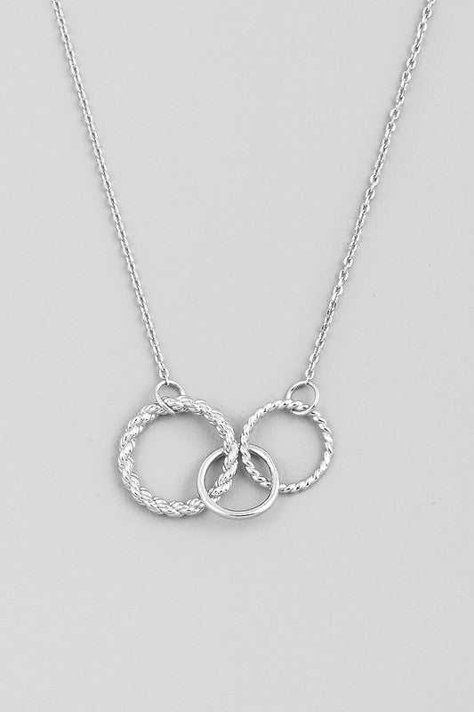 Triple Ring Link Necklace