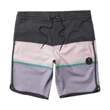 "Load image into Gallery viewer, Point Breaker 20"" Boardshort"