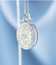 Newbridge Triple Pendant Locket