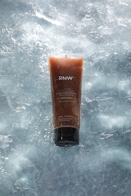 RNW DER. THERAPY REFRESHING SCRUB TO BODY WASH 230ML